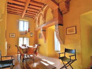 Luxury Borgo House in Val d'Orcia Tuscany - Buonconvento vacation rentals
