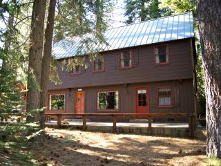 Chez Dumon, large cabin with 1940's vintage charm - Tahoe City vacation rentals