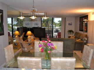 Singer Island condo on the beach - Singer Island vacation rentals