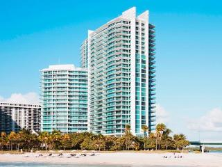 One Bal Harbour 2 bedrooms 2.5 bathrooms - Bal Harbour vacation rentals