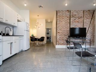 NEW! DESIGNER LOFT NR FRENCH QUARTER &FRENCHMEN ST - New Orleans vacation rentals