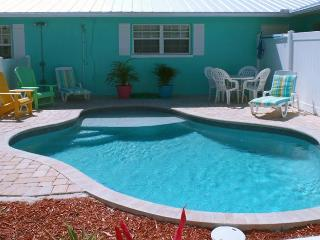 Escape to Serenity B: 2BR/1BA Family- and Pet-Friendly Pool Home - Holmes Beach vacation rentals