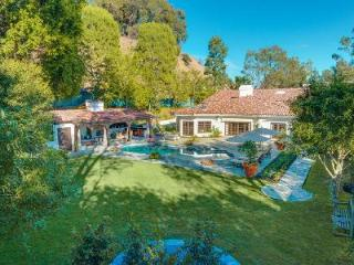 Exclusive Summit Circle Retreat offers an  outdoor bar, fireplace, swimming pool - Beverly Hills vacation rentals