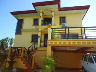 Ascher Batangas Vacation House - Batangas vacation rentals