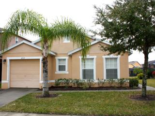 Charming 3 Bedroom, 3 Bathroom Home with Private Pool - Davenport vacation rentals