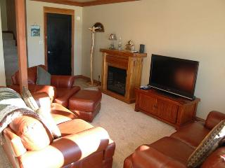Golf Condo 082 - Black Butte Ranch vacation rentals