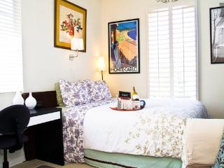 PARIS SUITE -CERTIFIED TOP RATED ACCOMMODATION - Sacramento vacation rentals