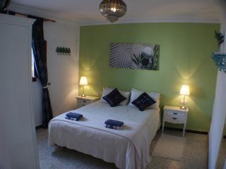 Lovely townhouse in old center of Conil with WIFI - Costa de la Luz vacation rentals