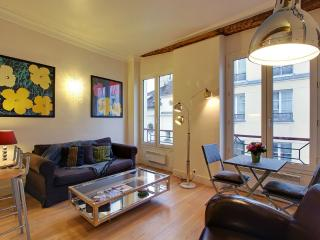 Perfect One Bedroom Paris Le Marais Saint Paul - Paris vacation rentals