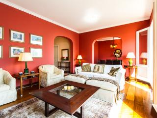Welcoming 3 Bedroom Apartment in Jardins - Buenos Aires vacation rentals