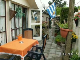 Chalet (attached to main building) with own entrance and terrace - Oostkapelle vacation rentals