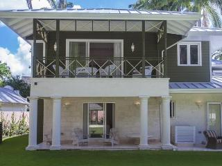 Prudence at St. James, Barbados - Walk To Beach, Pool - Terres Basses vacation rentals