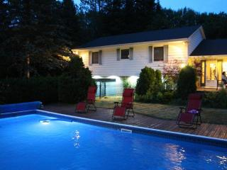 Walk to Ski and Golf Saint-Sauveur - Piedmont vacation rentals