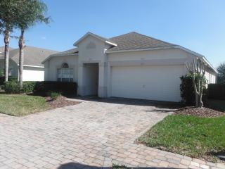 4 Bedroom Villa with Pool From $95 Gated community - Davenport vacation rentals