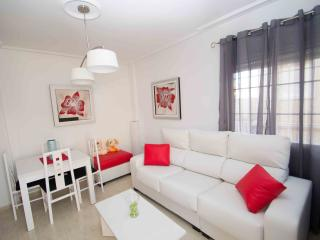 2 bed apartment with large gardens/pool - Torrevieja vacation rentals