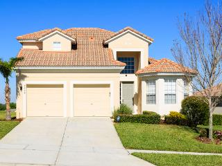Luxury 5 bed, with spectacular sunset lake views - Kissimmee vacation rentals
