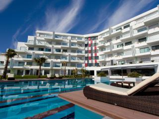 Luxury 3 bedroom apartment with a large pool - Colakli vacation rentals