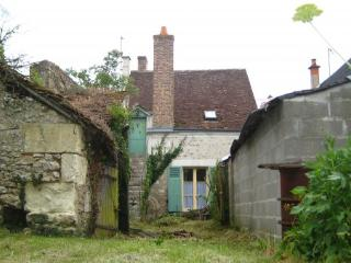 Adorable 18th Century cottage in French village!!! - Pontlevoy vacation rentals