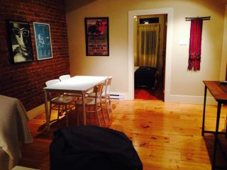Charming 2B/1B in heart of Plateau! - Montreal vacation rentals