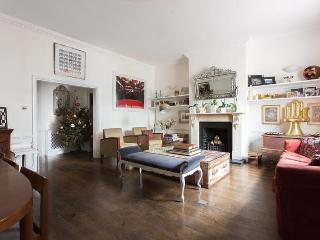 Inverness Terrace II - London vacation rentals