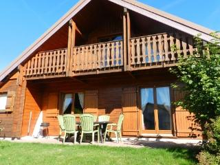 Chalet for 6 people with stunning views of  the Vosges, 1 km from Gerardmer  - FR-1077425-Gérardmer - Alsace-Lorraine vacation rentals