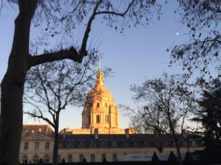 Bel appartement aux Invalides 3pers - Paris vacation rentals