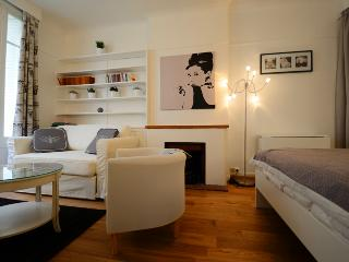 Coeur Saint-Germain-des-Prés - Paris vacation rentals