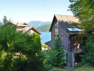 Spectacular ocean and mountain views - Sechelt vacation rentals