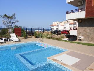 Apartment in small complex with pool and by beach - Sozopol vacation rentals