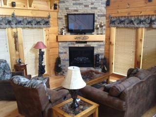 Happy Trails II Log Cabin in Bear Creek Crossing - Sevierville vacation rentals