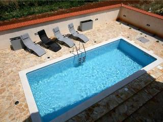 Holiday house for 12 persons, with swimming pool , in Liznjan - Liznjan vacation rentals