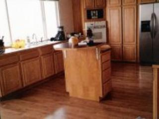 kitchen - Beautiful oceanfront house directly on sandy beach - Waldport - rentals