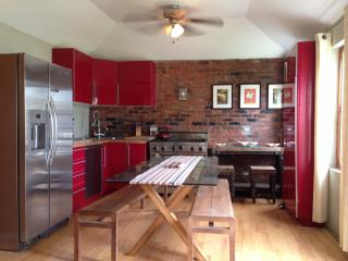 Cute Cottage in The Town of St Georges - New - Saint George vacation rentals