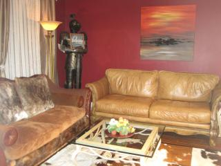 S2-LUXURIOUS 2-BR/2-Baths/2-Balcony - Vancouver vacation rentals