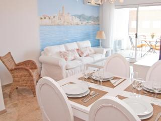 DELICIOUS apartment in Sitges - Sitges vacation rentals