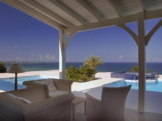 Exquisite 4 Bedroom Villa with Swimming Pools & Jacuzzi in Happy Bay - La Savane vacation rentals