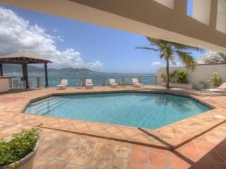 Exclusive 3 Bedroom Clifftop Villa in Beacon Hill - Beacon Hill vacation rentals
