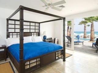 Enthrawling 3 Bedroom Beachfront Villa on Dawn Beach - Dawn Beach vacation rentals