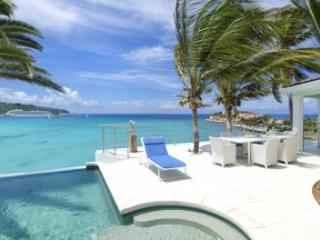 3 Bedroom Villa with Harbour View in Philipsburg - Philipsburg vacation rentals