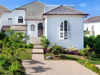 Glorious 3 bedroom Villa in St. James - Saint James vacation rentals