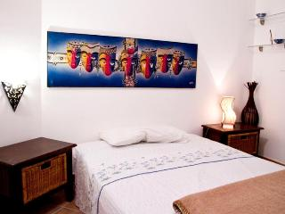 Home Holiday Immacolatella in the heart of Palermo - Palermo vacation rentals