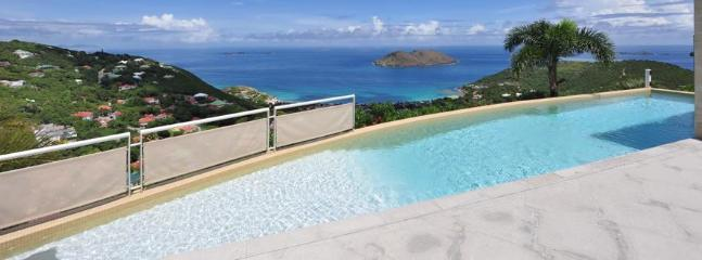 3 Bedroom Villa with Private Swimming Pool & Jacuzzi in Colombier - Anse des Flamands vacation rentals