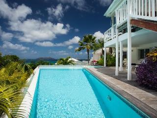 Exceptional 3 Bedroom Villa with Private Terrace in Lorient - Saint Barthelemy vacation rentals