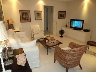 Marvelous 2 Bedrooms Apartment in Copacabana - Itaguai vacation rentals
