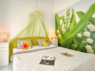 Comfortable and fully equipped Green apartment in very quiet part of Premantura / Istria - Premantura vacation rentals