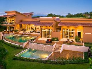 Villa Praia on the 13th hole of Arnold Palmer golf course, 2 infinity pools & beach club amenities - Gulf of Papagayo vacation rentals