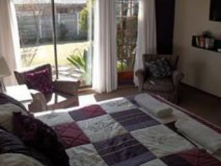 The White Giraffe Accommodation - Free State vacation rentals