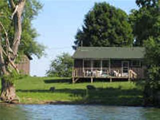 Harinui Farm Cottages - Suffolk - Waupoos vacation rentals