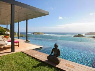 Stunning 4 Bedroom Villa with large Infinity Pool in Montjean - Marigot vacation rentals