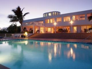 Spacious 7 Bedroom Oceanfront Villa in Cul de Sac - Cul De Sac vacation rentals